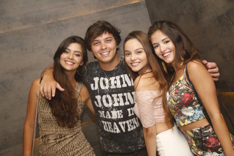 Yasmin Frota, Antonio Neto, Livia Sampaio e Lara Perdigao