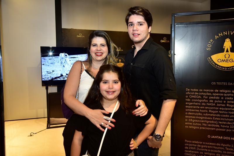 Daniela, Gabriela e David Leitao
