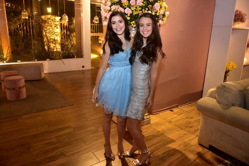 Gabriela Bruno e  Maria Julia Tigre