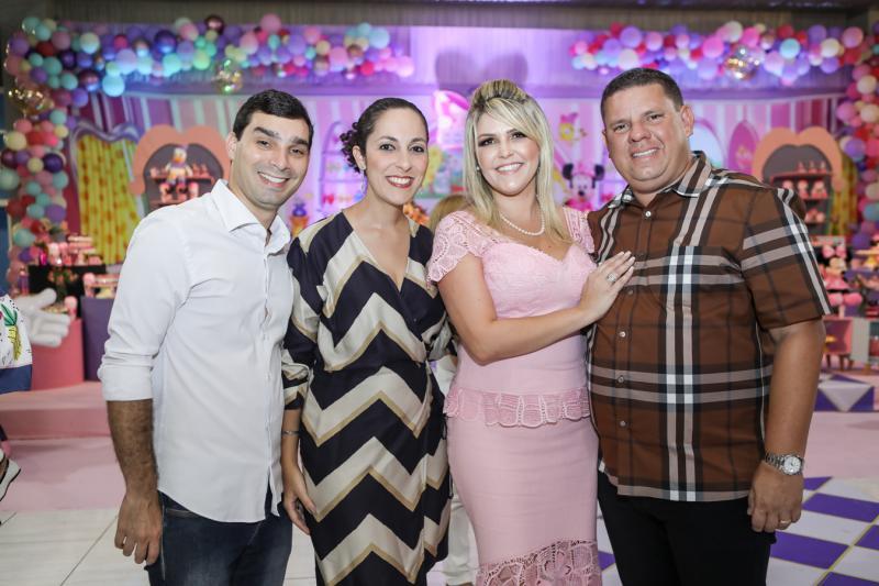 Marcos e Roberta Leal, Marina e Gerardo Santos