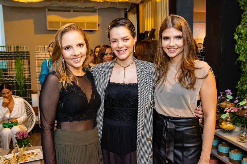 Nathalia Petrone, Paulinha Sampaio e Giovanna Gripp