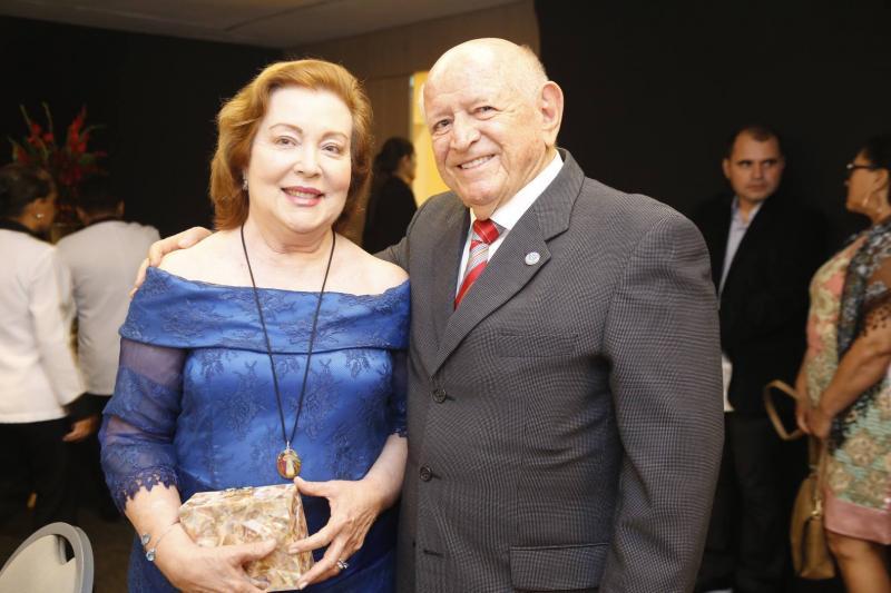 Eliane e Airton Monteiro