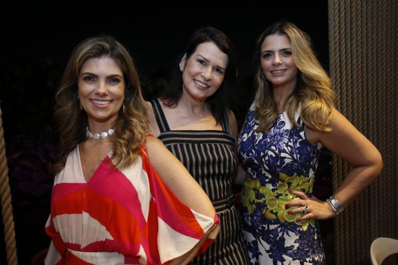 Ines e Paula Castro e Tais Pinto 2