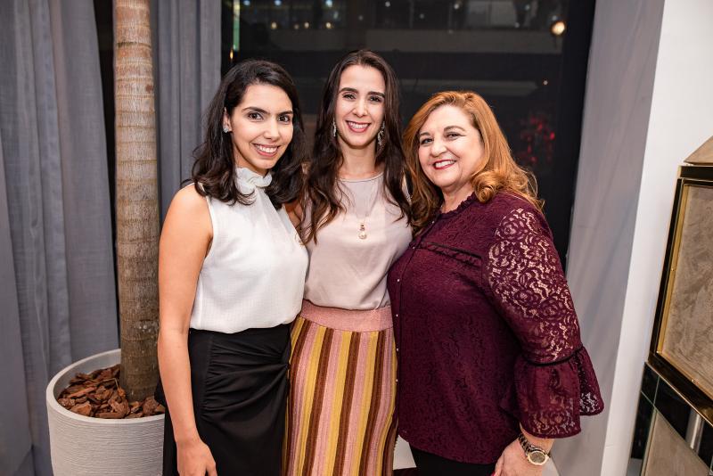 Carla Laprovitera, Vivian Barbosa e Jaqueline Simoes