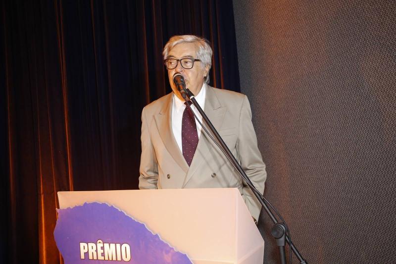 Robarto Farias 3