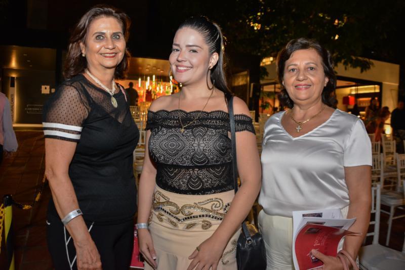 Marilena Campos, Ana Clara e Socorro Araujo