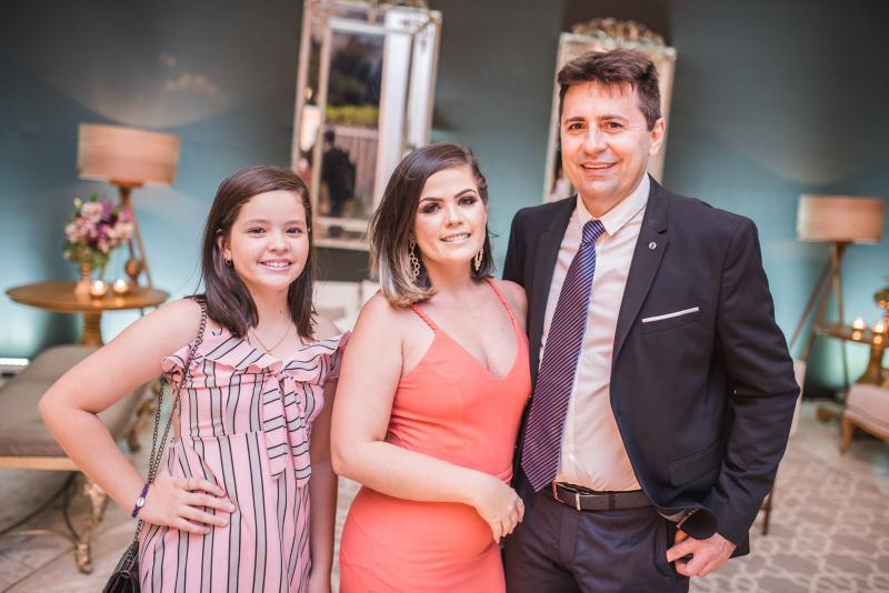 Giovana Rocha, Ana Paula Rocha e Junior Timbo