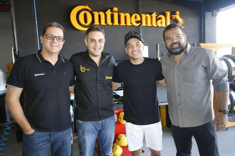Luiz Carlos Caldas, Bruno Bastos, Wesley Safadao e Geraldo Sa