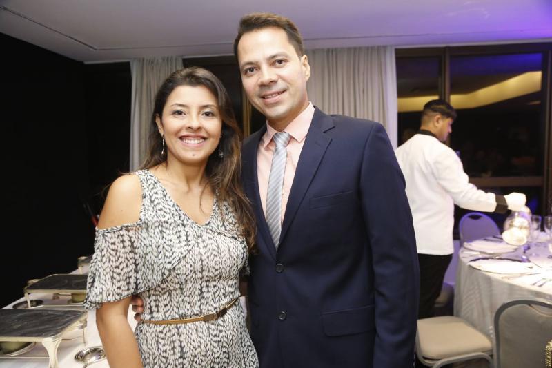 Cintia Oliveira e Alan Jones