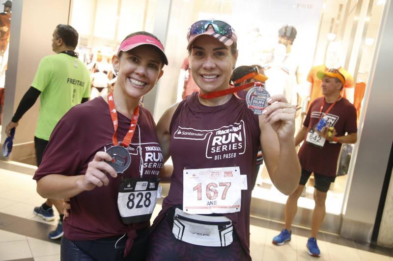 Revia Lima e Anne Alcantara