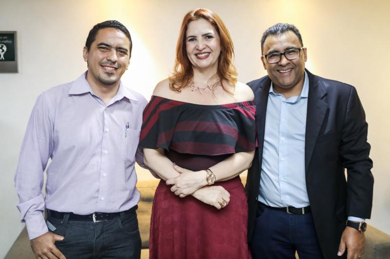 Wilson Junior, Enid Camara e Roberto Araujo