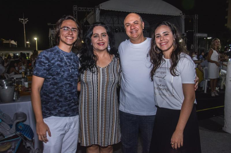 Andre Portela, Indira Guimaraes, Fabio Portela e Sara Portela