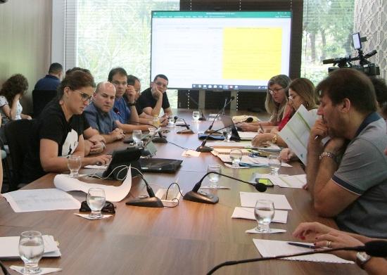 Roberto Cláudio discute prioridades do Programa Mais Ação