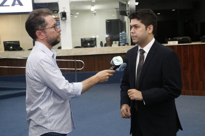 Alisson Oliveira e Mauro Benevides Neto