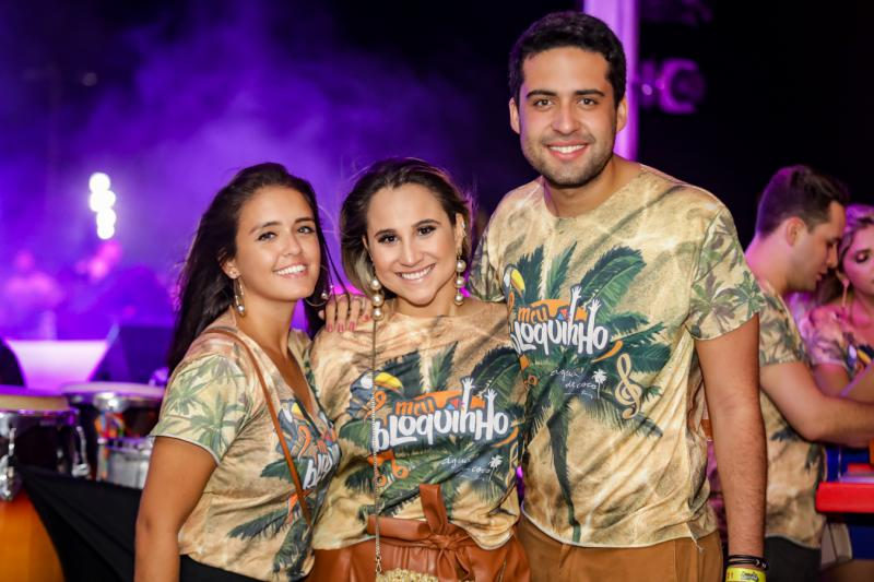 Juliana Lima, Roberta Fernandes e Victor Oliveira
