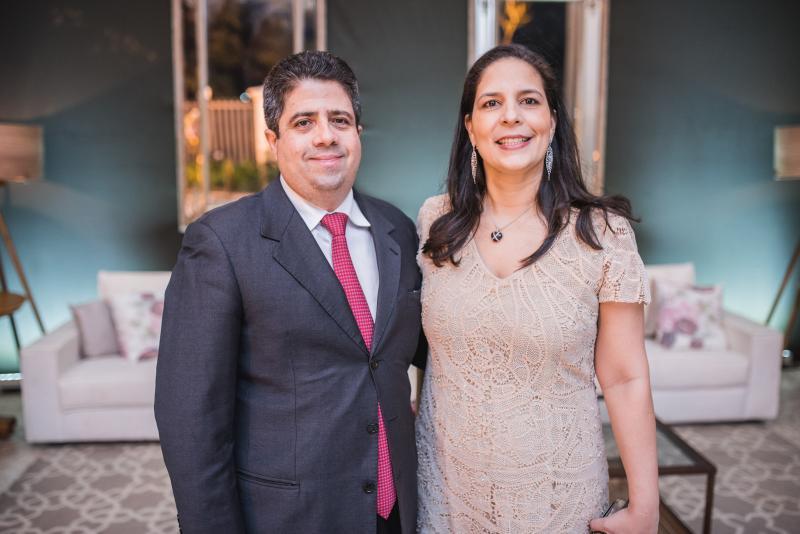 Alexandre e Leticia Leitao
