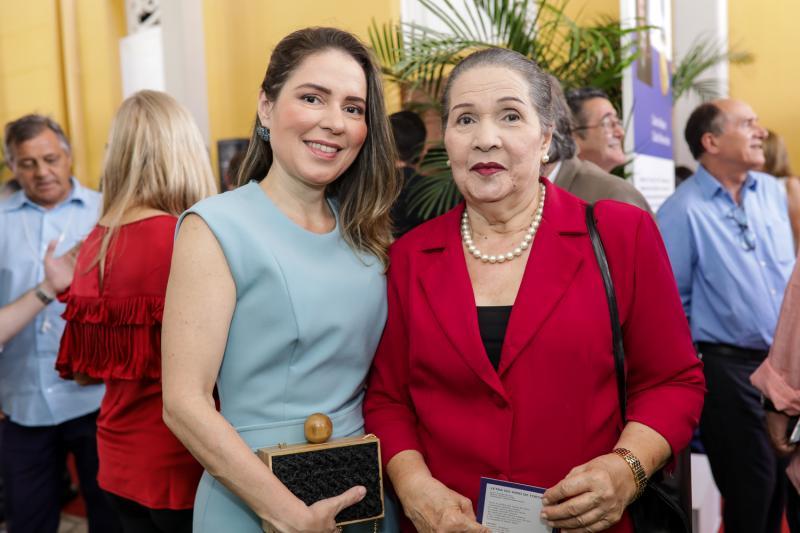 Agueda e Ana Muniz