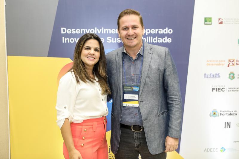 Livia Medeiros e Marcos Freitas