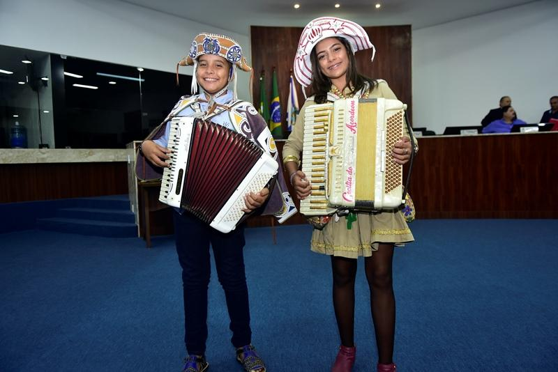 Kayro Oliveira e Ana Cecilia