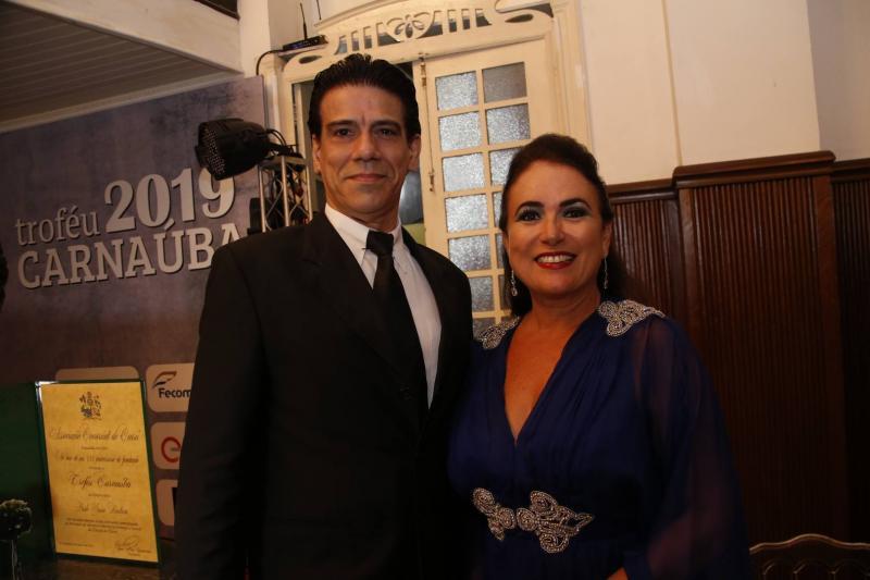 Wilson Loureiro e Ana Luiza Costa Lima