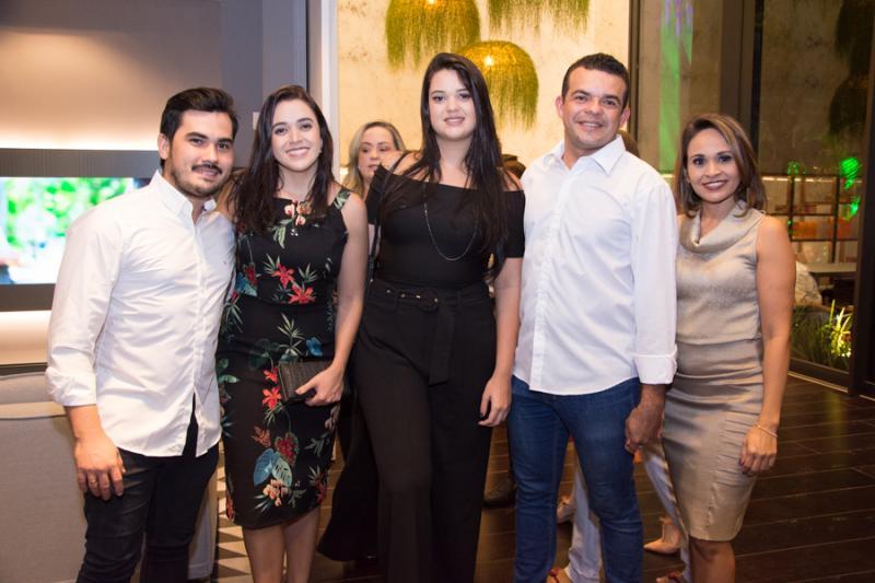 Junior Hoster, Tassia Costa, Natasha Meline, Jailson Rodrigues e Kildary Barros