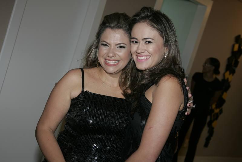 Vanessa Queiros e Mirela Bezerra