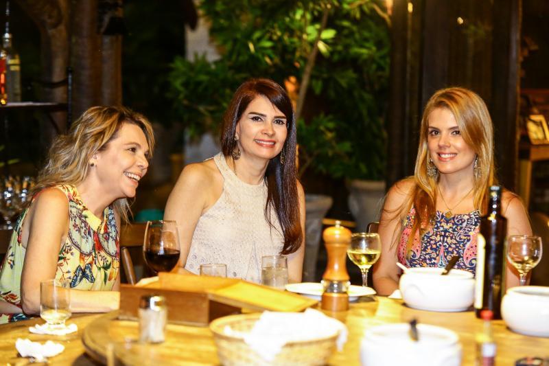 Lilian Porto, Lorena Pouchain e Leticia Studart