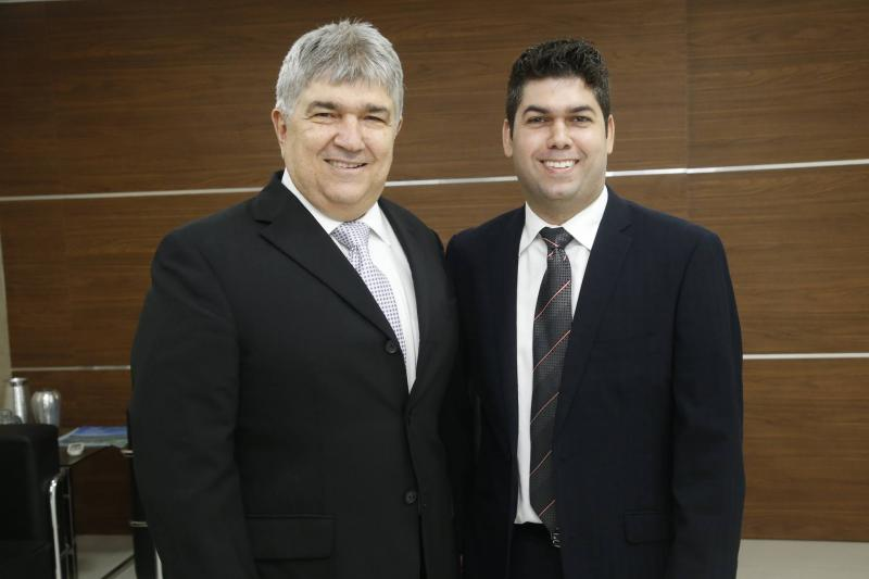 Carlos Eduardo e Mauro Benevides Neto