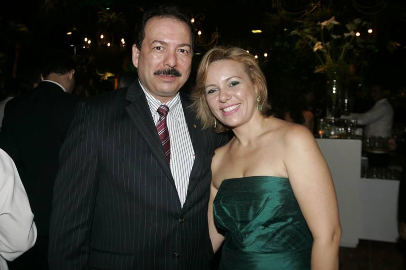 Assis e Erica Martins