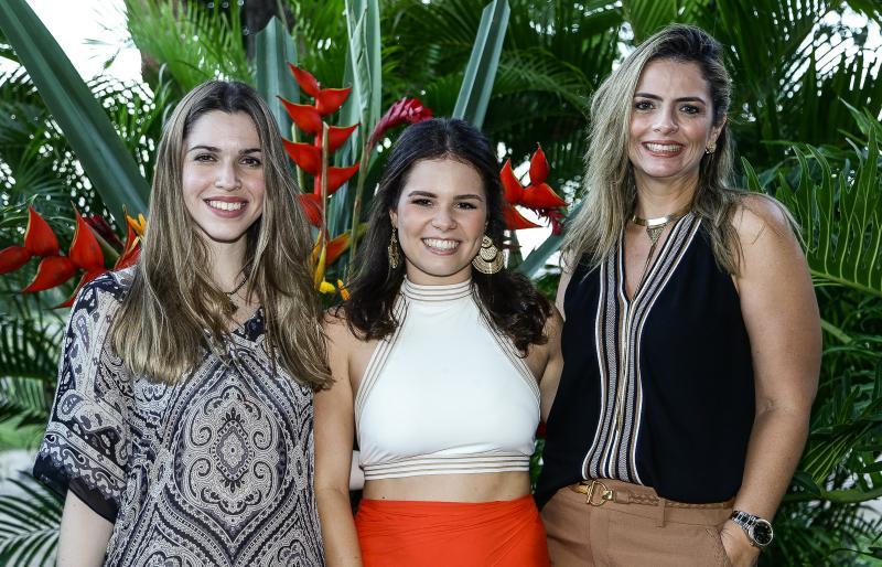Manuela Pinto, Leticinha Studart e Tais Pinto