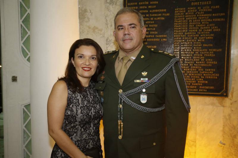 Juliana e Coronel Marcio Morgado