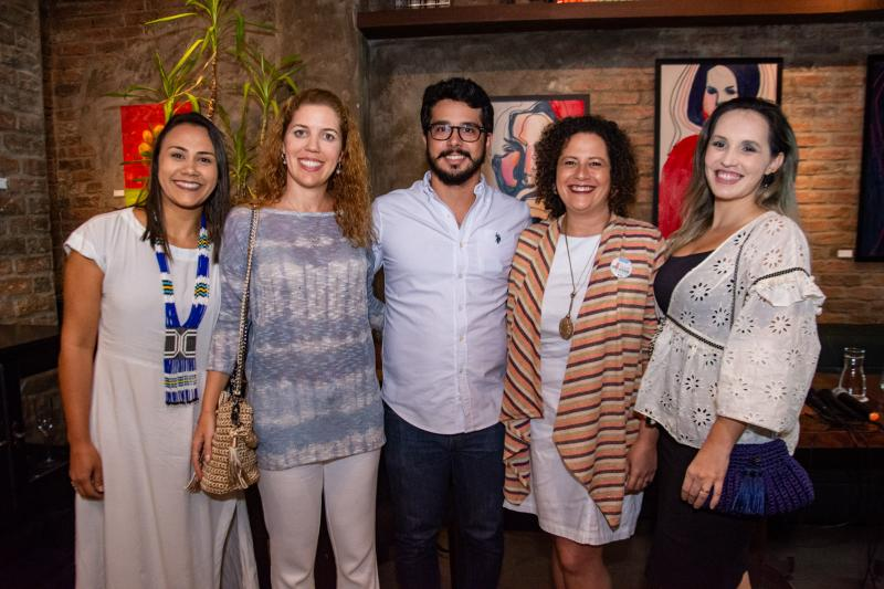 Natalia Martins,Ticiana Rolim Queiroz, Rafael Fujita, Liana Feingold e Priscilla Veras
