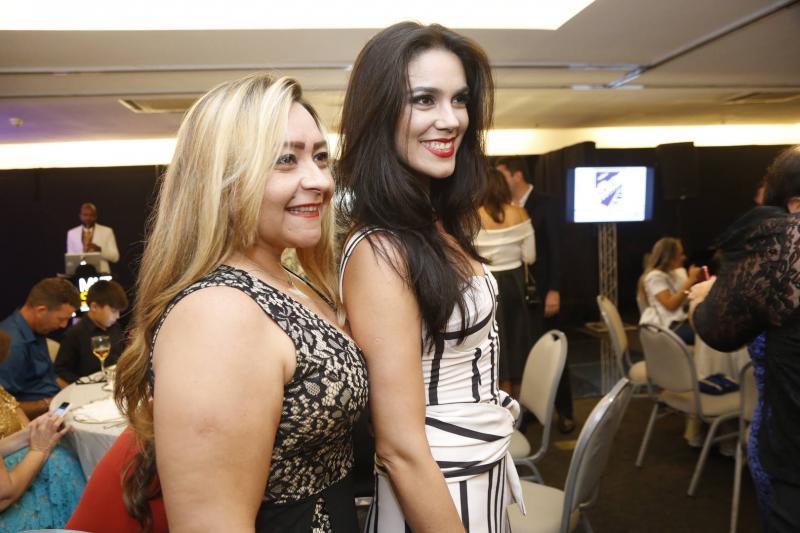 Anita Erika e Renata Magalhaes