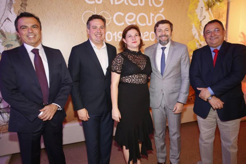 Juvencio Viana, Samuel Dias, Kelly de Castro, Elcio Batista e Moacir Maia