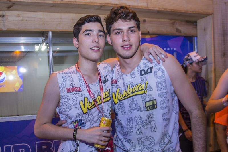 Luca Dias Branco e Vitor Hugo Miranda