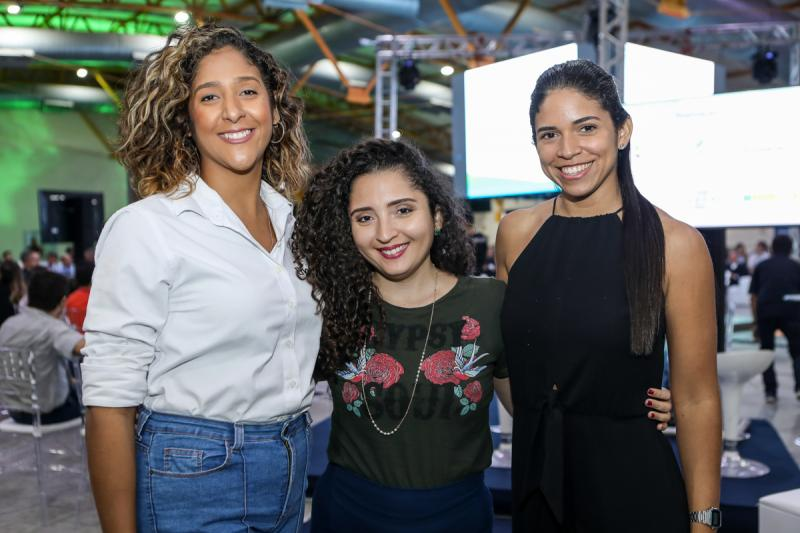 Luciana Castro, Larissa Pacheco e Suyane Costa