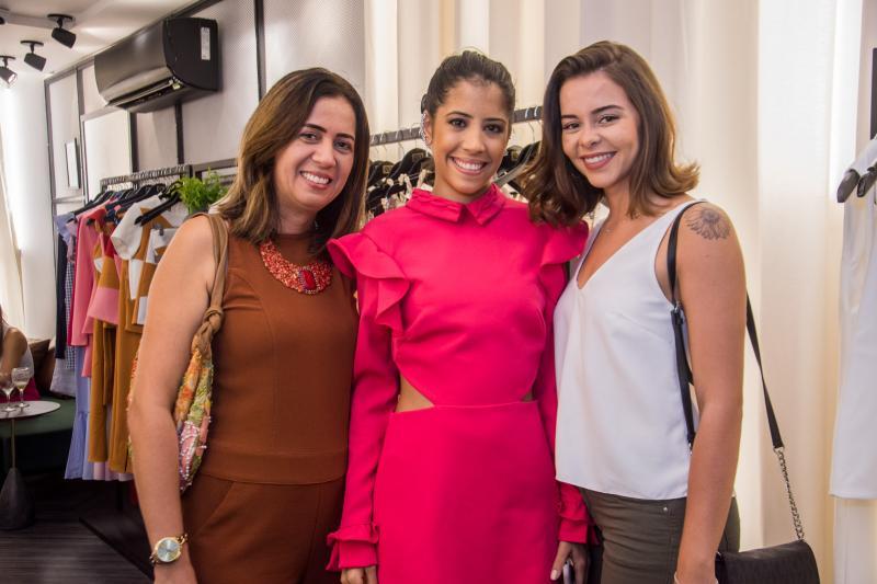Marilia Tavares, Mila Tavares e Madalena Lessa