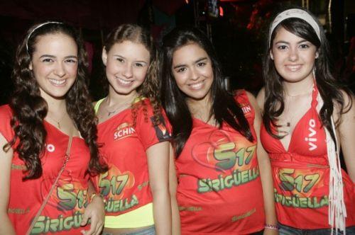 Ines e Bruna Burlamaque, Flavia Feitosa e Mariana Barreira