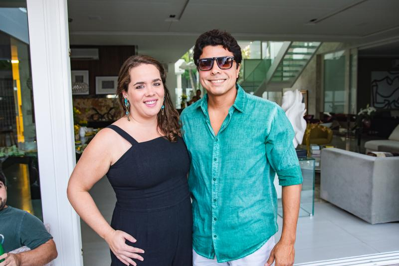 Paula Montenegro e Marcio Adriano