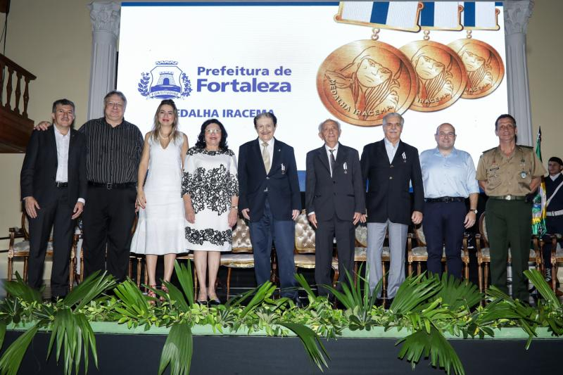Antonio Henrique, Moroni Torgan, Onelia Leite, Nailde Pinheiro, Mauro Benevides, Otho Nogueira, Pio Rodrigues, Roberto Claudio e Gen Cunha Matos
