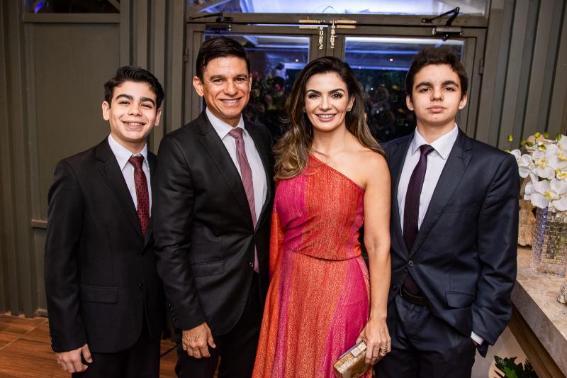 Gabriel, Orlando, Monaliza e Renan Cavalcante