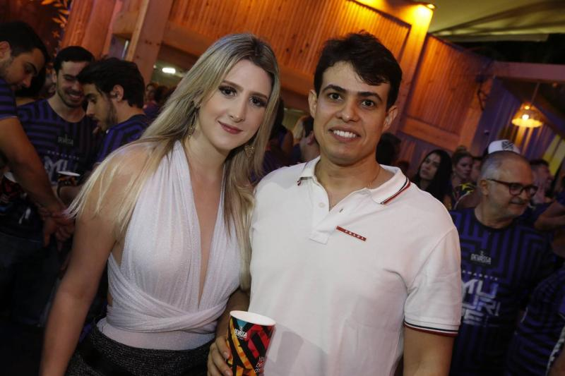 Alice Correa e Ismael Rossas