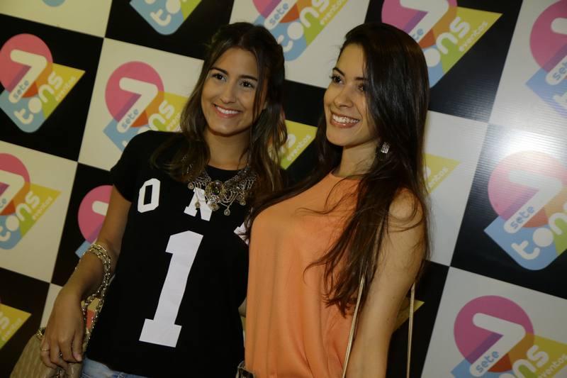 Aline Medeiros e Carolina Pontes