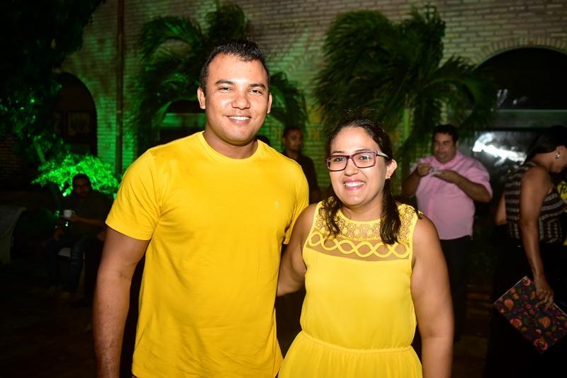 Erisson Monteiro e Jessica Mendes