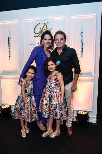 Sofia Fontenele, Ana Carolina Fontenele, Ines Fontenele e Ivan Bezerra
