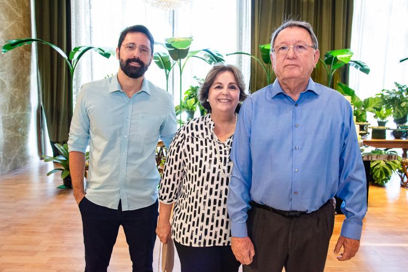 Arnon Filho, Cristina e Arnon Santos
