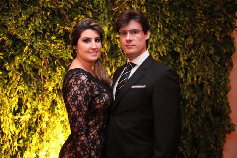 Lara Felicio e Urbano Filho