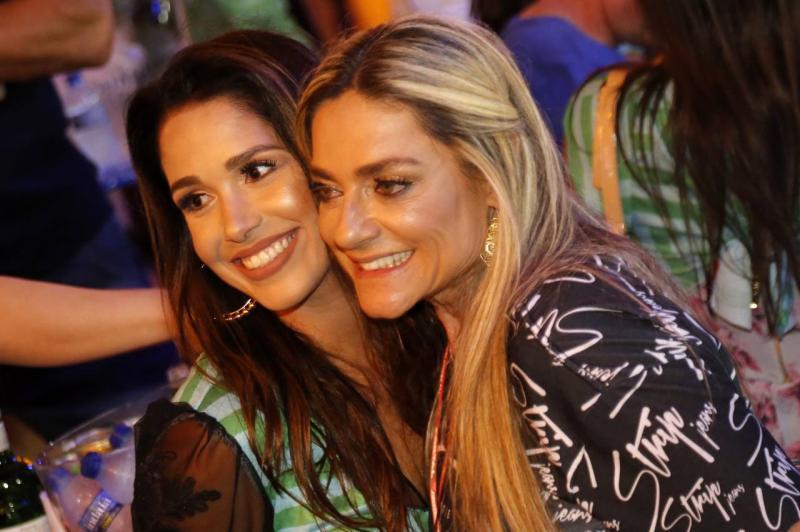 Talita Ribeiro e Celia Magalhaes