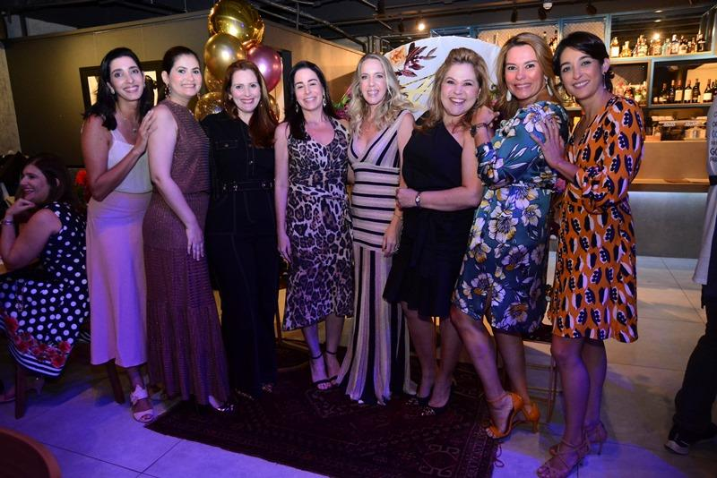 Catarina Cavalcante, Emanuelle Milfont,Renata Carneiro, Anice Castro, Erika Figueiredo, Luciana Pacheco, Ana Maria Santos e Carolina Cavalcante