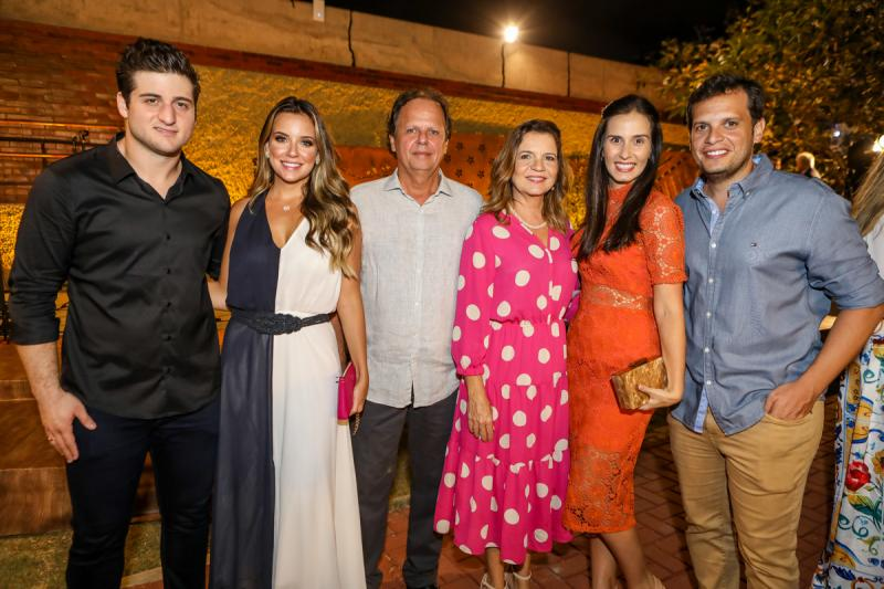 Omar e Fernanda Macedo, Wilton e Geni Levy, Bianca e Wilton Correa Lima